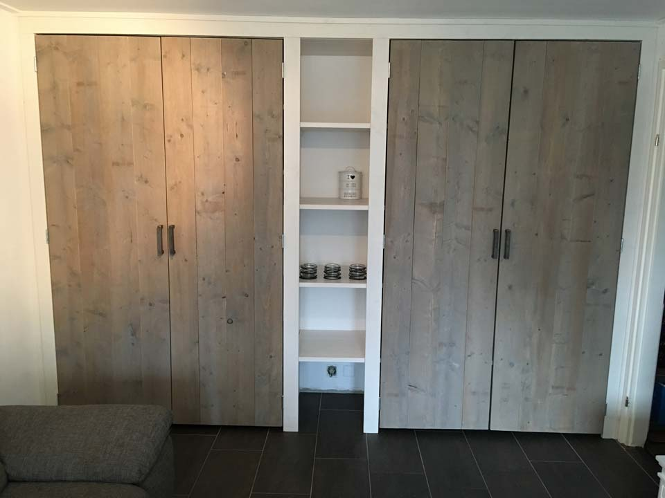 kast-grey-wash-deuren