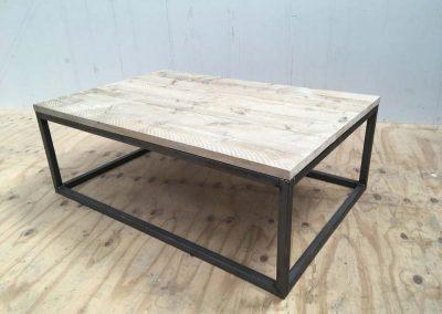 salontafel-staal-steigerhout