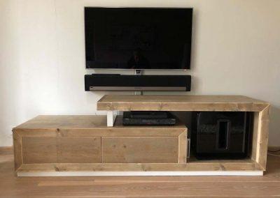 tv-meubel-domnicanastaal